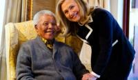 American Secretary of State Hillary Clinton meets with Nelson Mandela, 94, at his home in Qunu (Photo: Associated Press)