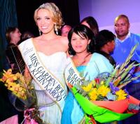 Danicka Riehl (21), left,Miss Garden Route and Klein Karoo 2013. Anneline Maarman the shelter winner for the best make over. (Photo: George Herald)