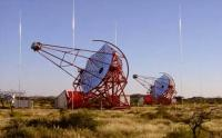 The CT2 and CT3 telescopes of the HESS telescope array in Namibia, near Gamsberg mountain. (Image: Wikimedia Commons: HESS Collaboration)
