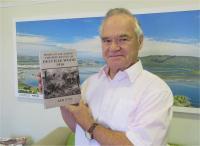 Ian Uys with his recently published book. (Photo: Boniswa Zwayena)