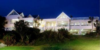 The Pink Lodge on the Beach: The Pink Lodge on the Beach Accommodation