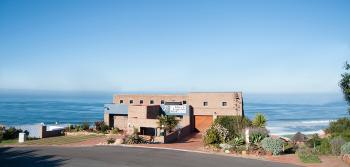 Lilies & Leopards B&B: Dana Bay close to Mossel Bay