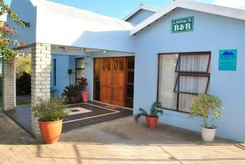14 Antelope Street B & B: George Accommodation Garden Route