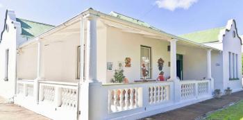 Ouma's Villa: Ouma's Villa