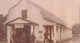 The corner of York and Hibernia Streets, George in 1906. Photo: www.raubenheimers.co.za