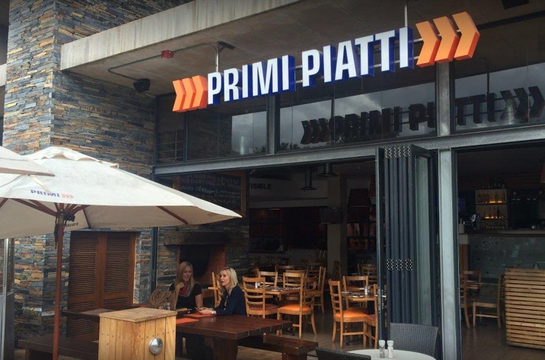 Primi piatti george george restaurant shopping arts crafts for Piatti ristorante